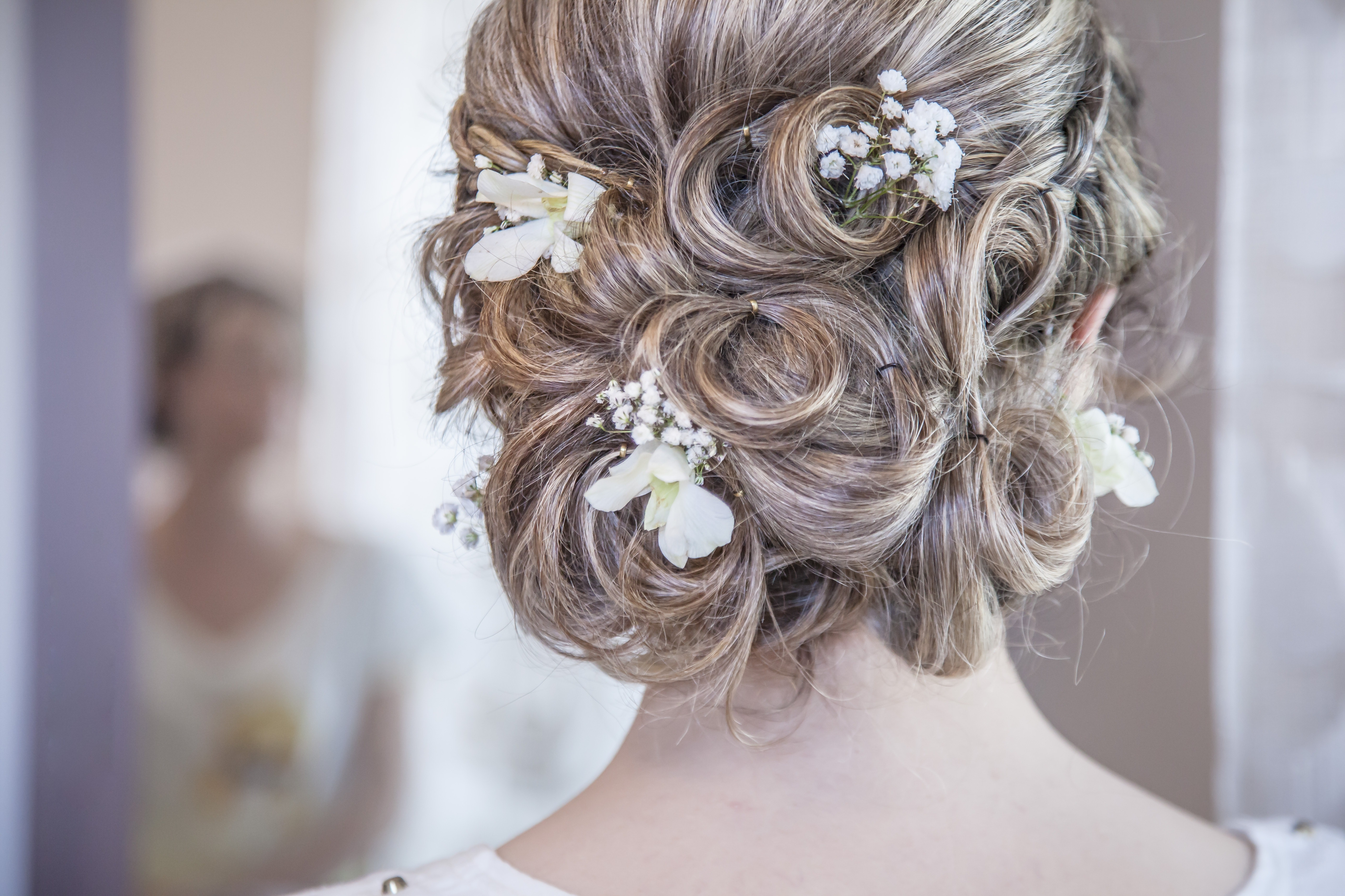 bride with hair pins